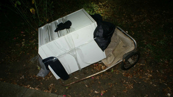 Gurulós kiskocsival lopott páncélszekrényt a röszkei postáról
