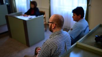 Megkezdődött az Iszlám Államhoz csatlakozni akaró magyar fiatalok pere