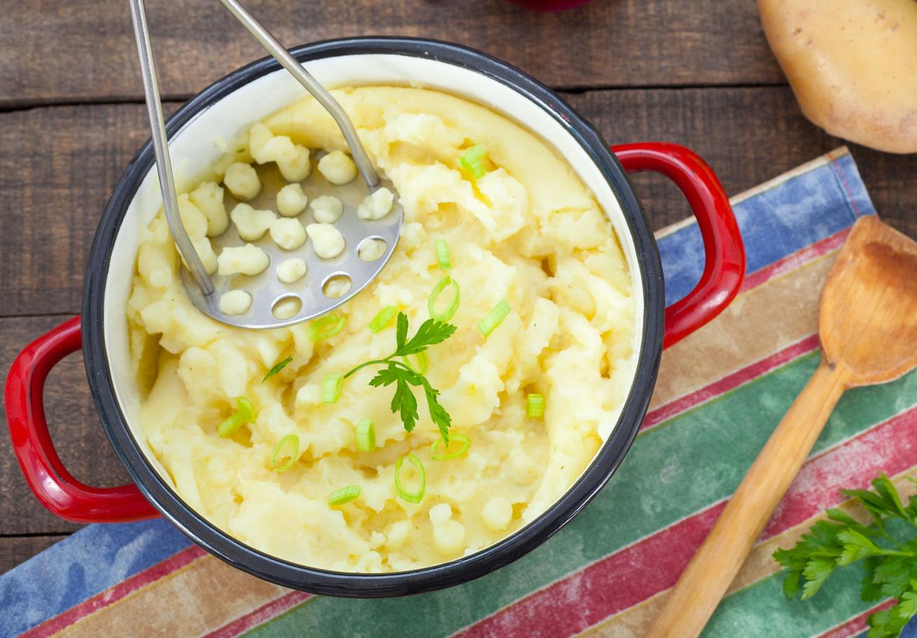 Fantasztikus fokhagymás krumplipüré görög módra: ebben tér el a miénktől
