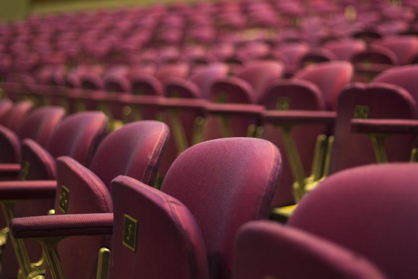 Kultúrbomba jön a hétvégén: színház-, film- és zenei fesztiválok tömkelege vár!