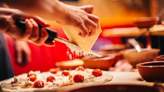 Budapesten nyílik Jamie Oliver első európai pizzériája