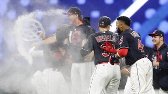 Hosszabbításos thrillerrel dőlt meg a baseball-liga legdurvább rekordja