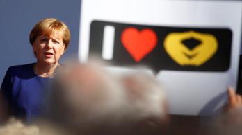 Merkel a pénzcsapok elzárásával fenyegette Orbánt