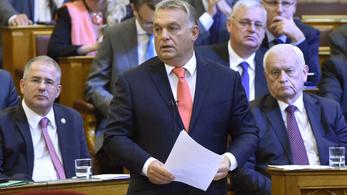 Orbán már szemöldökcsipesszel gúnyolja Vonát