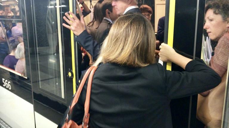 Rácsukták a metróajtót az uniós vizsgálóbizottságra