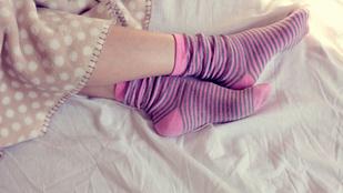 Ezért kell zokniban aludni