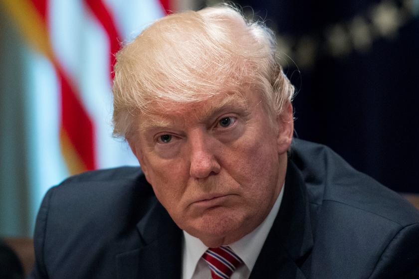 Trump ismét óriási bakit vétett - Megint rajta röhögnek a netezők
