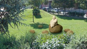 Lázár Ervin szobrot kap a Kerekerdő parkban