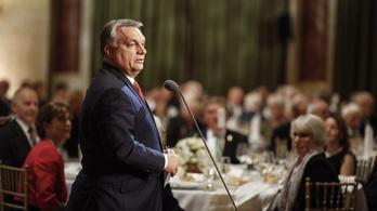 Orbán fontos dolgot tanult a világhírű kémikustól