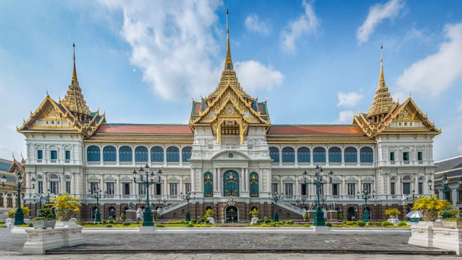 Bezárják a bangkoki Nagy Palotát