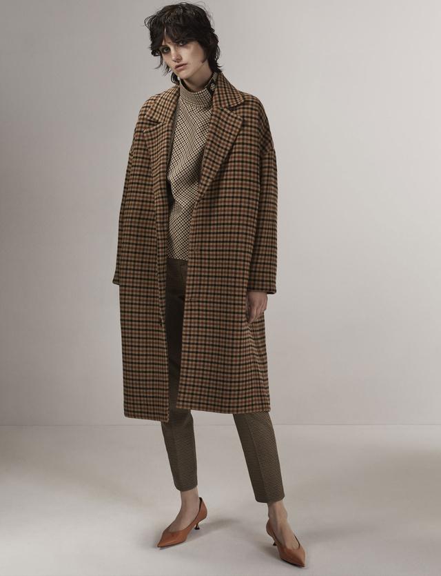 Retro kabát a Zarától 42.995 forintért.