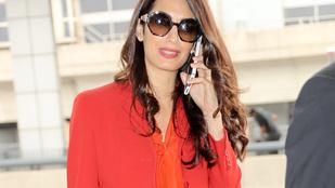 Nagyon úgy fest, hogy Amal Clooney visszament dolgozni