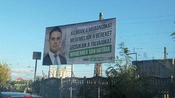 Migránsozik és tolvajozik új plakátkampányában a Jobbik