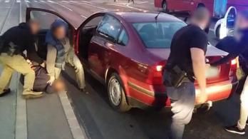 Kétszázmillió forintnyi kábítószert foglaltak le Budapesten