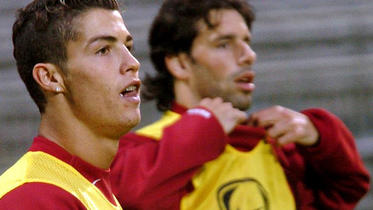 Ronaldo halott apjával viccelődött Van Nistelrooy