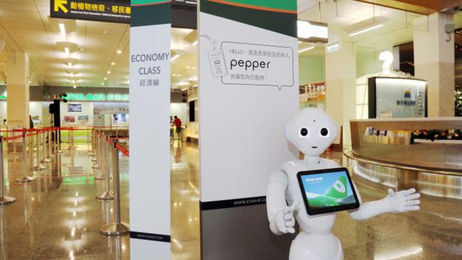 Robot segíti egy több száz éves tajvani templom munkáját