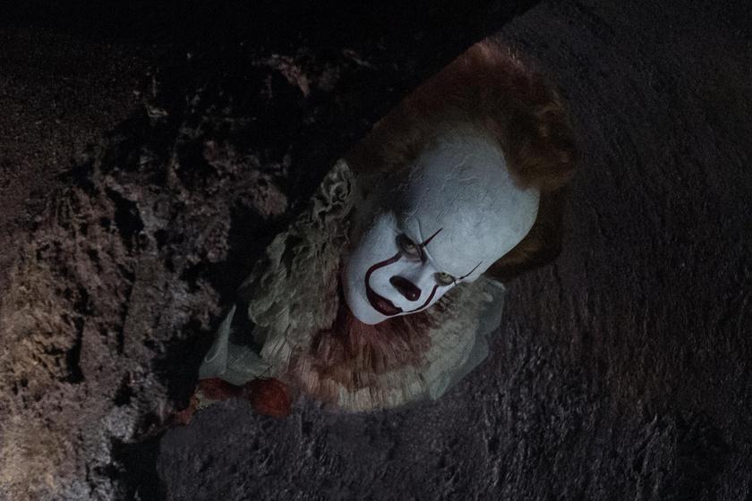 Elámulsz, hogy néz ki a valóságban az AZ rémbohóca - Igazi álompasi Bill Skarsgard