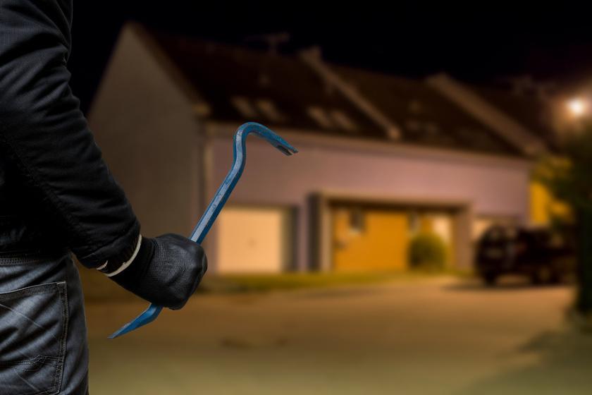Az óraátállítást használják ki a betörők ősszel - A rendőrség figyelmeztet