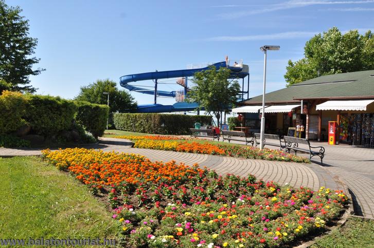 BalatontouristStrand-HolidayKemping-Balatonakali13