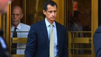 21 hónapot kapott a kiskorúval szexchatelő Anthony Weiner