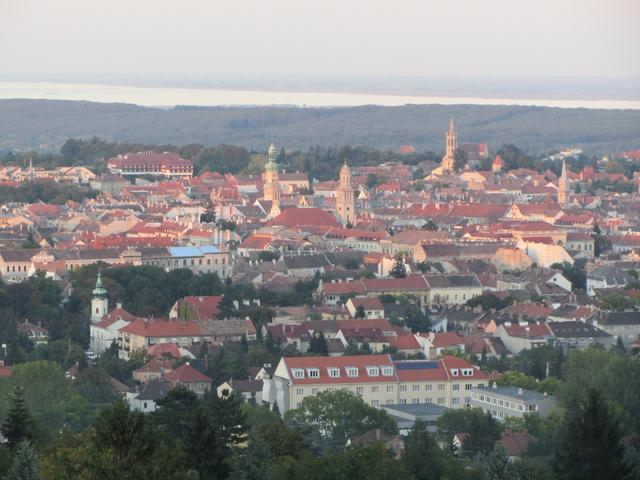 Így fest Sopron a Károly-kilátóból