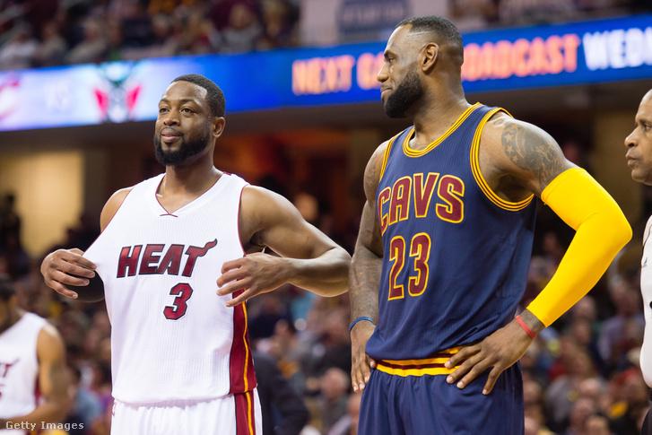 Wade és James ellenfélként egy 2015-ös Miami-Cleveland-mecssen