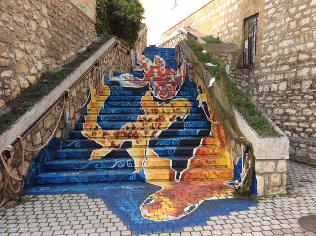 Ezen a lépcsőn ütős szelfik készülhetnek