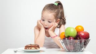 Így etesd gyümölccsel az óvodást!