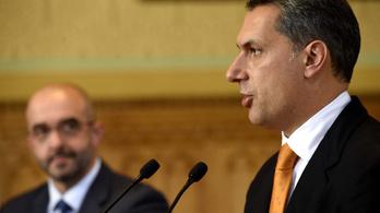 Lázár: Van felelősségünk a menekültekkel szembeni indulatokért
