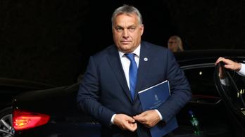 Orbán egyetért a menekültek ellen tiltakozó őcsényiekkel