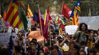 Rejtély, hogyan szavaznak a katalánok, ha a rendőrség közbeavatkozik