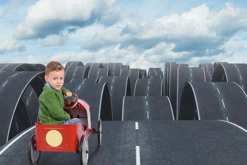 Milyen irányba viszi a sors a gyereket? Neve betűi megjósolják