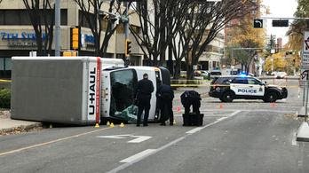 Gázolásos merénylet történt Kanadában
