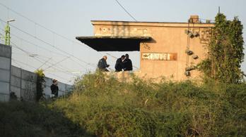 Kigyulladt egy bakterház, holttestet találtak Tárnokon