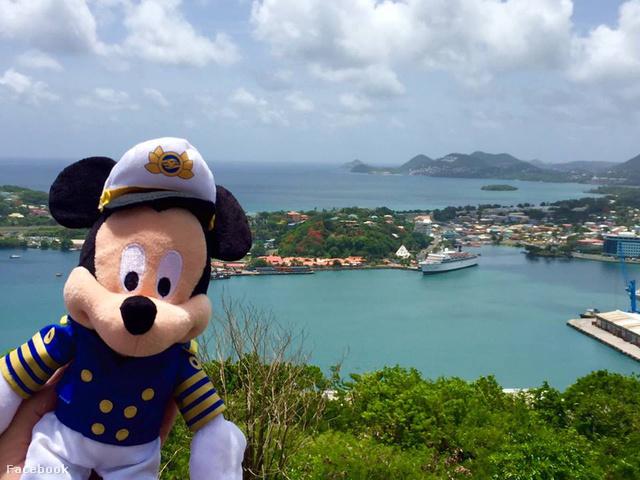 Mickey kapitány St. Luciára érkezett