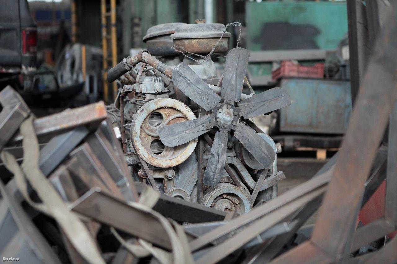 Hatlapátos ventilátor hűtötte ezt a motort fénykorában.