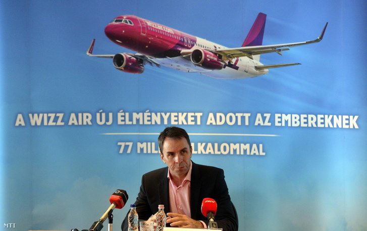 Váradi József, a Wizz Air vezérigazgatója sajtótájékoztatót tart Budapesten 2014. augusztus 25-én
