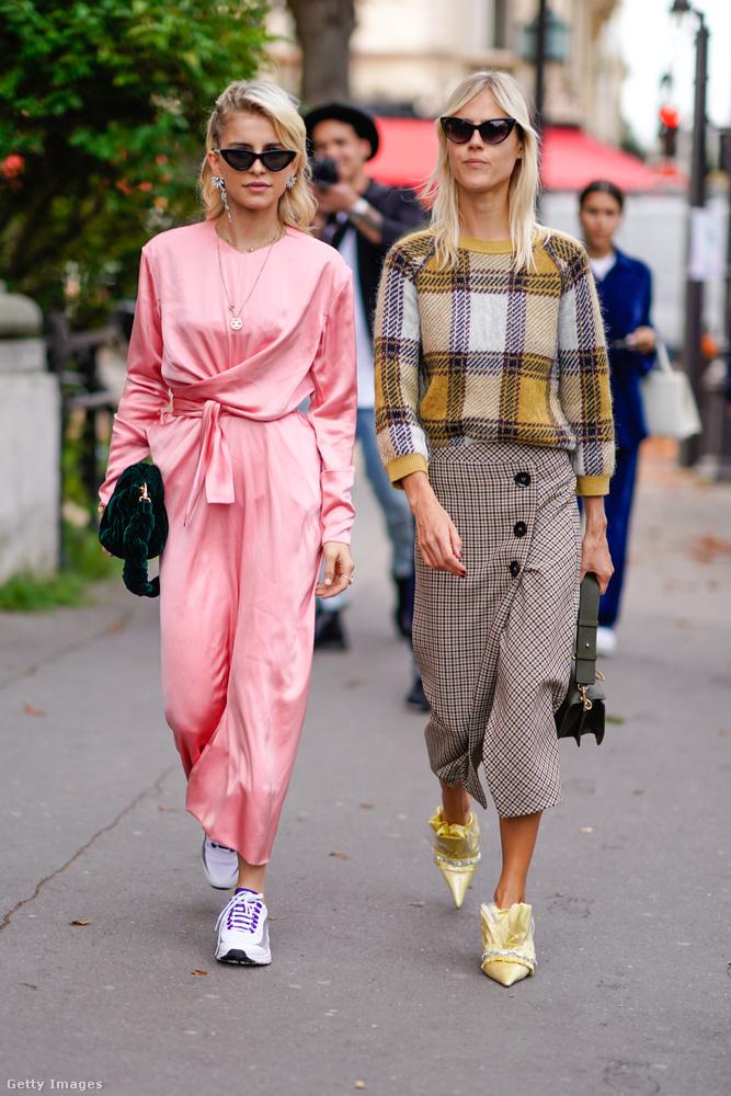 A rózsaszín és a kockás is divatos 2017 második felében.
