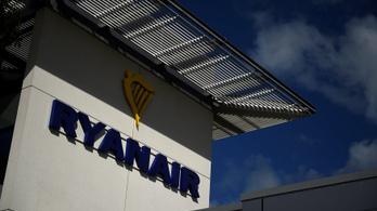 Béremeléssel és bónusszal tartaná meg a pácba került Ryanair a menekülő pilótáit