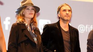 Vanessa Paradis és a pasija nagyon jól néznek ki együtt