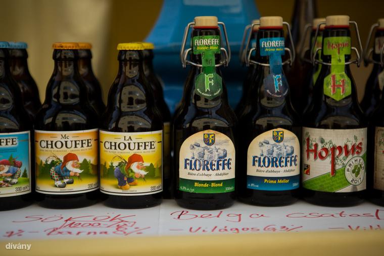 Valamint belga sörök is.