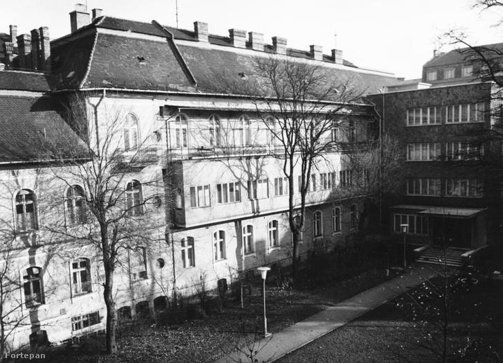 A kórház épülete 1970-ben