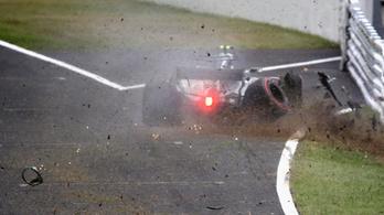 Bottas a leggyorsabb, ő és Kimi is elkapta a falat