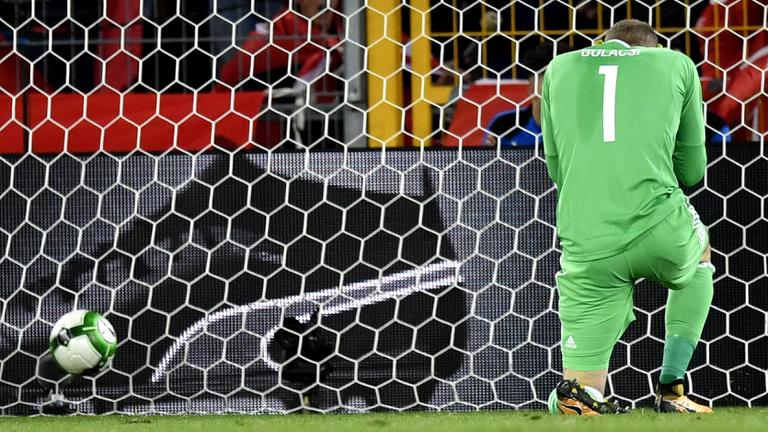 Összeomlás: 5-2-re verte Svájc a magyar válogatottat