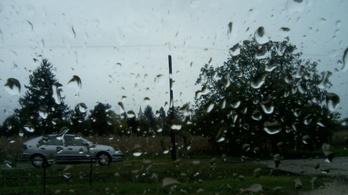 Apátistvánfalvától Szabolcsveresmartig mindenhol esik