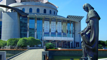 Kisebb tűz miatt kiürítették a Nemzeti Színházat