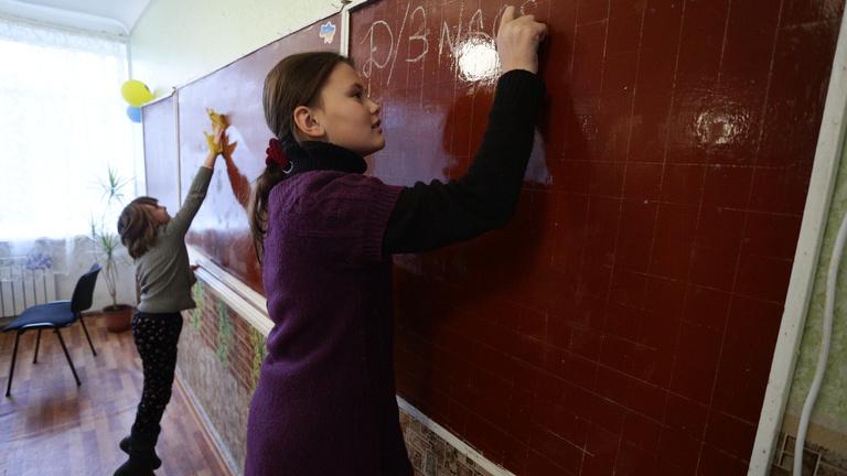 Ukrán nyelvtörvény: a megoldás, ami a magyaroknak és Kijevnek is jó
