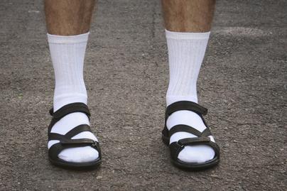 zokni szandallal