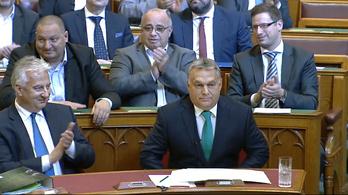 Orbán személyeskedésben verhetetlen