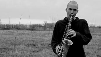A zene spirituális voltáról tart workshopot Tóth Viktor